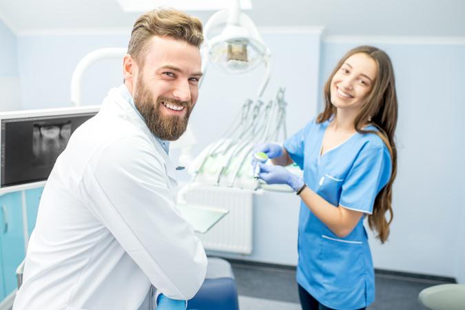 Using teeth bonding for broken tooth repair in Dublin, CA