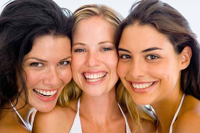 Dr. Munira Lokhandwala, Star Brite Dental Provides Smiling women