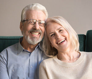 Who is a candidate for full dentures in Dublin area